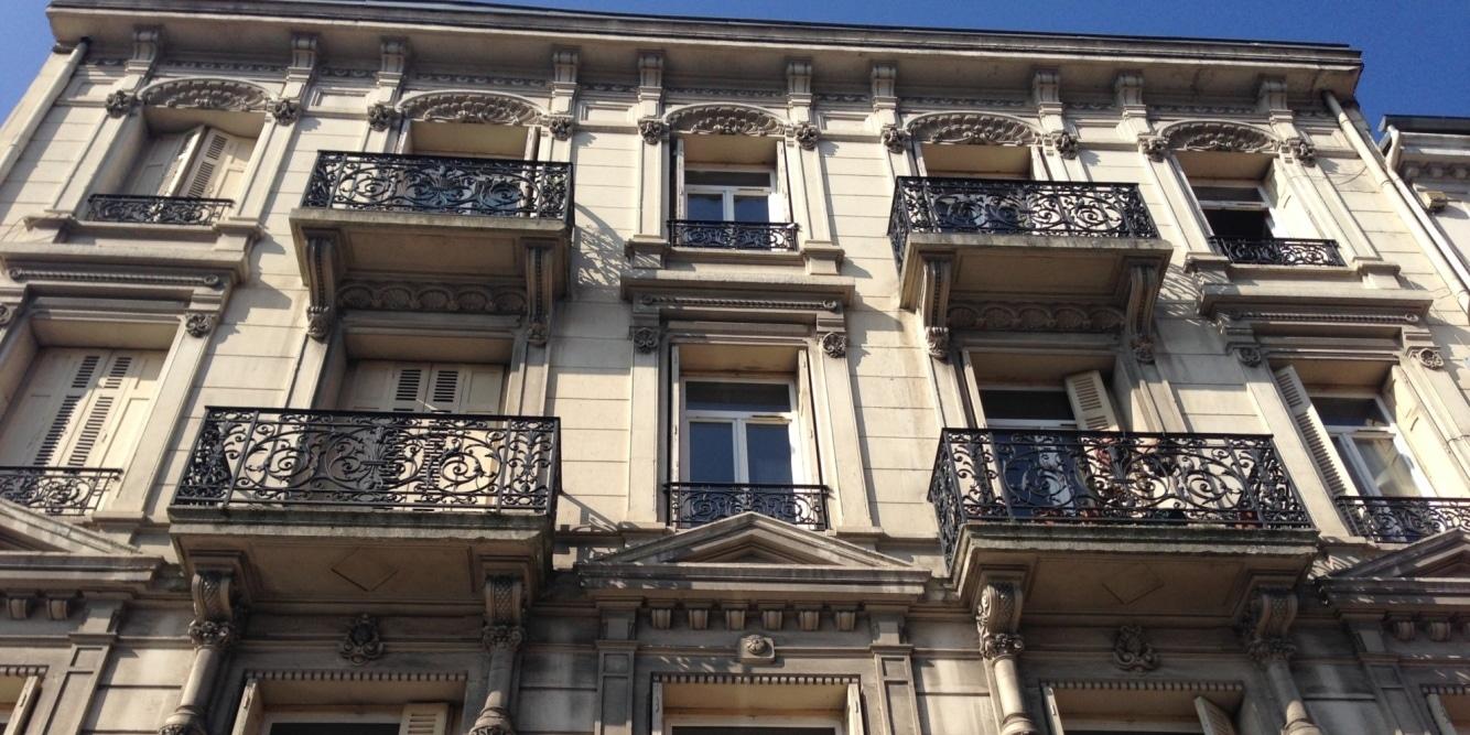 Immeuble Haussmanien, idéalement situé